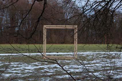 der kubus im Grüngürtel von Köln,tauwetter Foto f.erichsen